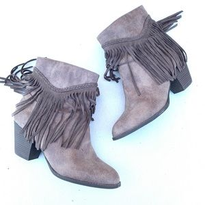 Pop size 10 Tan fringed ankle boots side zip